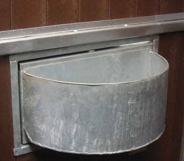 Steel Swivel feed Bowl – FB001